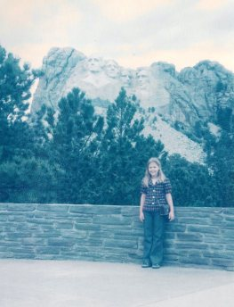 Family trip across USA Mt Rushmore Sheri 75