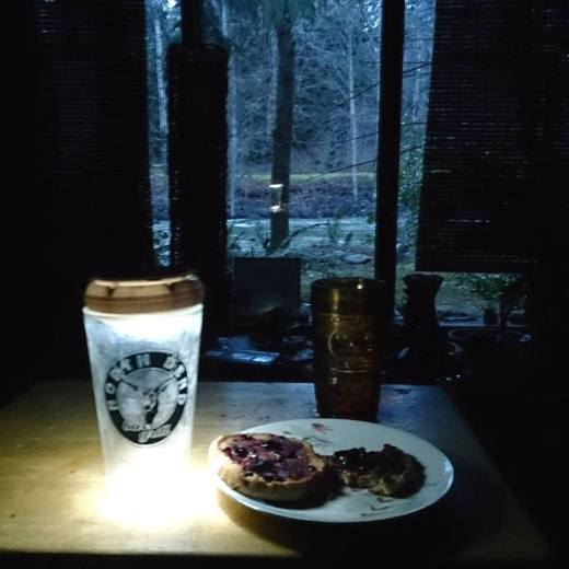 Breakfast in Power Outage Riverbend 12-10-2015